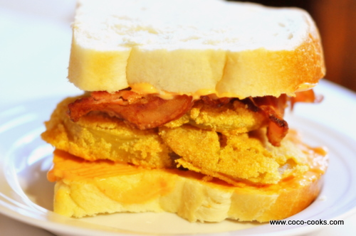 Post image for Fried Green Tomato Sandwich with Bacon